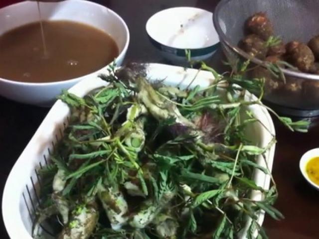 Canh cua khoai sọ rau rút đậm đà hương vị mùa hè