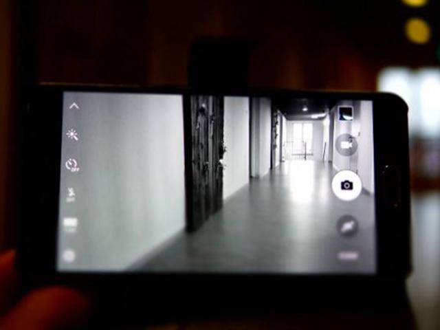 Mẹo quay phim chuyên nghiệp bằng điện thoại Android ai cũng nên đọc