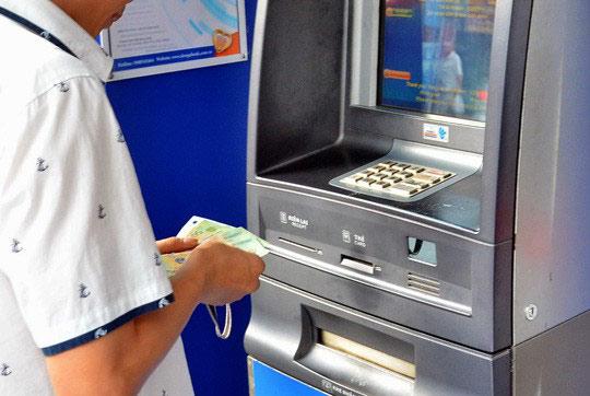 Chủ thẻ ATM mất 116 triệu đồng, DongA Bank chỉ tạm ứng 58 triệu đồng - 1