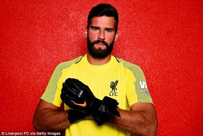 """Đua Ngoại hạng Anh: """"Trùm"""" chuyển nhượng Liverpool vượt MU, đe dọa Man City - 1"""