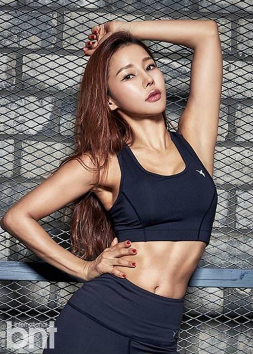 Người đẹp 46 tuổi xứ Hàn trẻ nhờ múa cột - 2