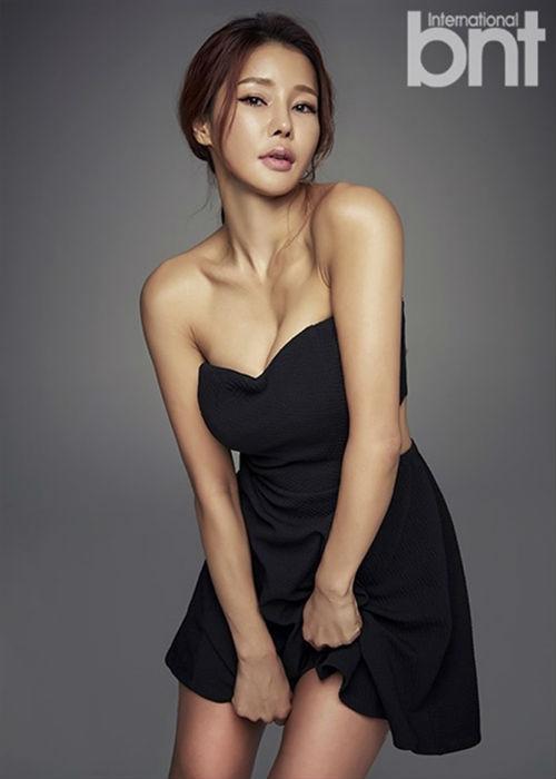 Người đẹp 46 tuổi xứ Hàn trẻ nhờ múa cột - 1