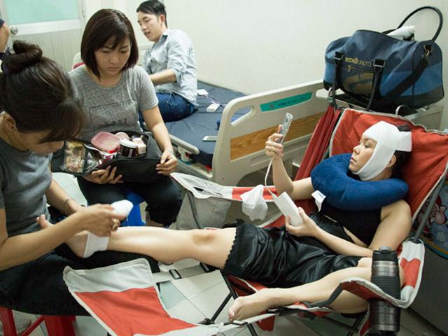 Việt Hương nhập viện vì cảnh quay mạo hiểm treo mình trên không