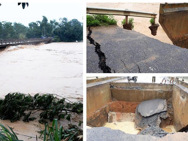 Đau lòng nhìn cảnh nước ngập lút nhà, tất cả trôi theo dòng nước lũ