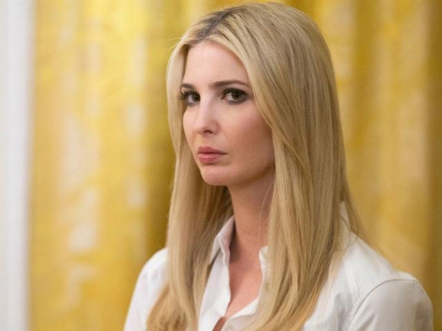 """Con gái ông Trump đau đớn đóng cửa """"đứa con cưng"""" tỷ đô"""