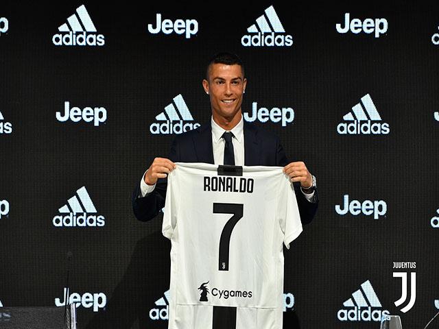 """""""Siêu bom tấn"""" Ronaldo: Juventus khổ ải """"cày tiền"""" vì nhà tài trợ"""