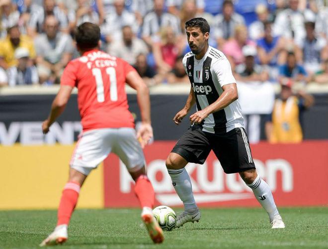 """Juventus - Benfica: Tưng bừng siêu phẩm, """"đấu súng"""" đẳng cấp - 1"""