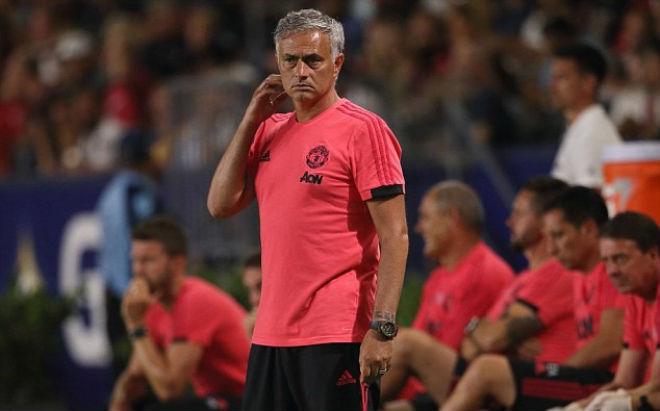 MU lâm nguy: Mourinho cầu cứu dàn SAO World Cup, thử lòng Pogba - 1