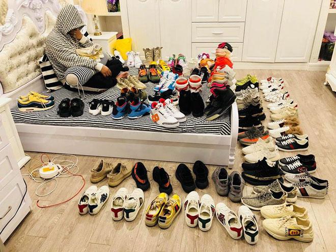 Thanh niên Cần Thơ gây choáng với những đôi giày trị giá trăm triệu đồng - 1