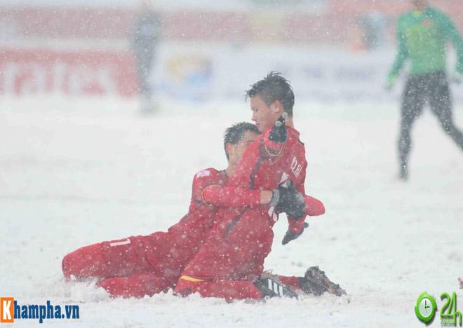 U23 Việt Nam đấu cúp Tứ hùng: Uzbekistan vẫn sợ người hùng Quang Hải - 1
