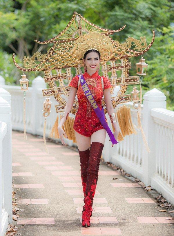 Người đẹp Việt nhận có vòng ba 1 mét bị phản ứng vì mặc áo dài lai áo tắm - 1