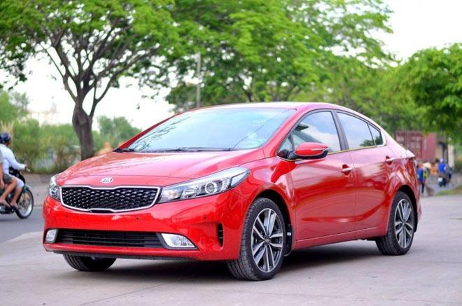 Giá xe Kia cập nhật tháng 9/2018: Minivan Kia Sedona giá từ 1,069 tỷ đồng - 2