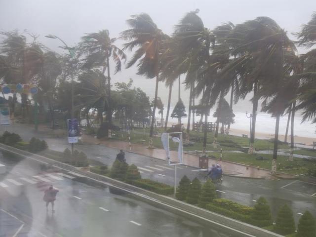 Xuất hiện vùng áp thấp gây mưa dông mạnh trên Biển Đông
