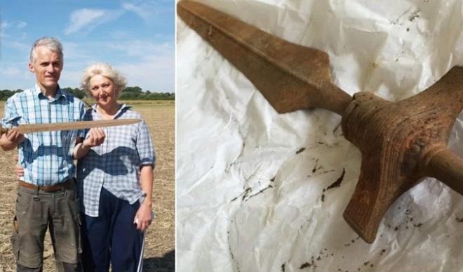 Cổ kiếm 3.000 năm chôn vùi vẫn sắc nhọn ở Đan Mạch - 1