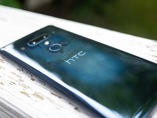 Cứ đà này, HTC sẽ ở một nơi xa lắm trên thị trường smartphone