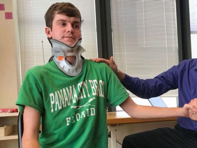 """Mỹ: Vụ tai nạn hy hữu khiến người đàn ông """"đứt đầu từ bên trong"""""""