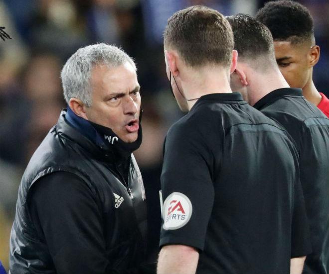 """MU - Mourinho """"đỏ"""" nhất Ngoại hạng Anh, Liverpool mất oan 12 điểm - 1"""
