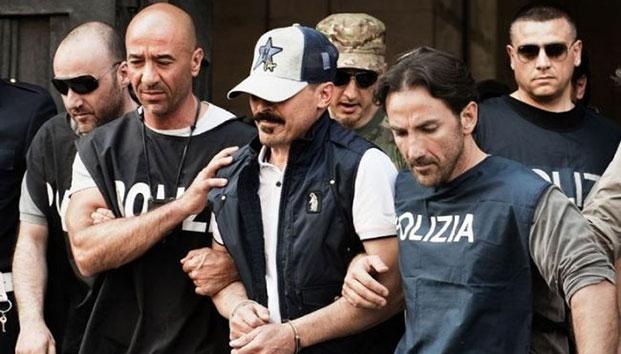 Băng đảng mafia Italia kiếm tiền bằng cách hủy hoại chân tay người - 1