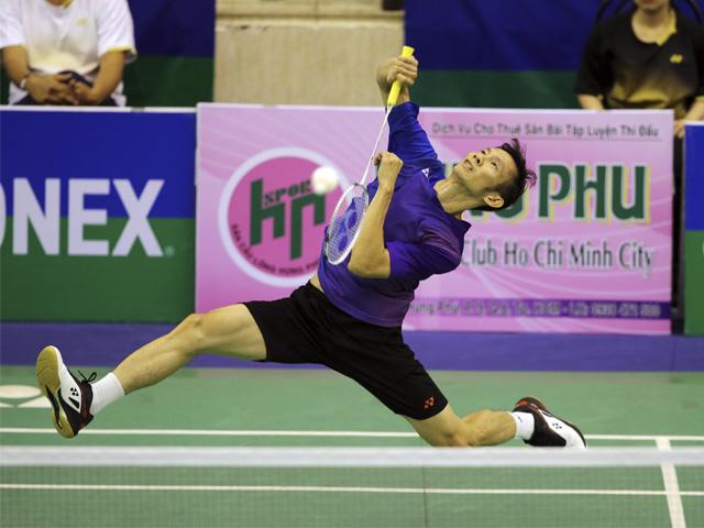 Giải cầu lông tiền tỷ: Tiến Minh đập cầu như máy, bạt vía nhà vô địch quốc tế