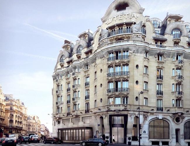 Thiết kế của Lutetia như một hành trình xuyên suốt lịch sử của Paris. Từ ngày bị chiếm đóng bởi tình báo của Đức Quốc xã trong nhiều năm đến khi trở thành địa điểm tụ họp của giới trí thức nổi tiếng vào những năm 1950, Lutetia không thay đổi nhiều ở bên ngoài