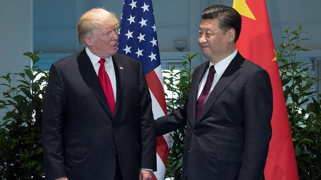"""Trung Quốc """"ngấm đòn"""" trừng phạt của Mỹ, nên nhận thua ông Trump? - 1"""