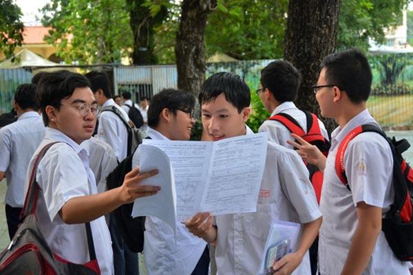 Bỏ thi tốt nghiệp khi có chuẩn đầu ra phổ thông - 1