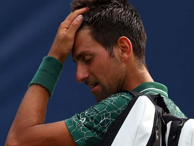 Djokovic - Tsitsipas: 2 giờ 18 phút choáng váng thế giới