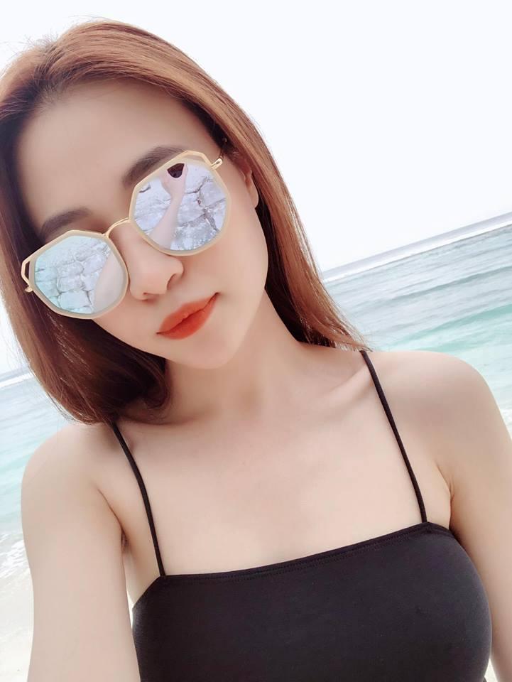 """Mặc bikini khoét cao, Đàm Thu Trang - bạn gái Cường Đô la lại """"đốn tim"""" fan - 1"""