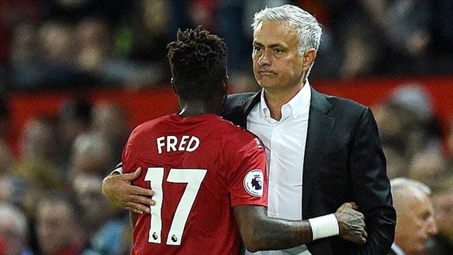 MU ra quân Ngoại hạng Anh đau tim: Mourinho vòi tiền là đúng - 1