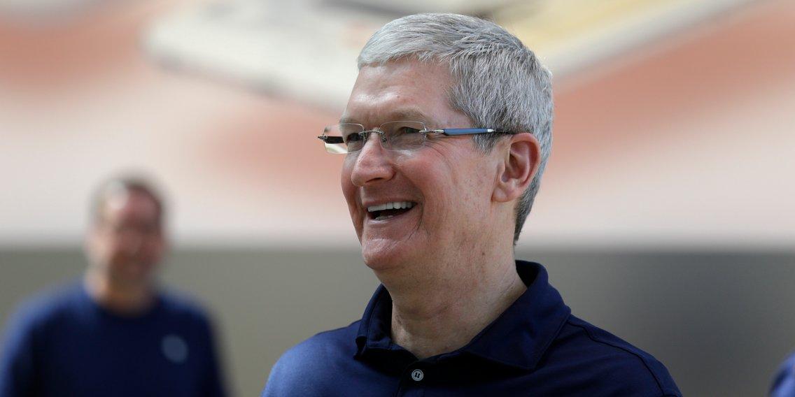 Tim Cook: Từ dấu hỏi khi thay thế Steve Jobs đến người đưa Apple đạt kỷ lục lịch sử - 1