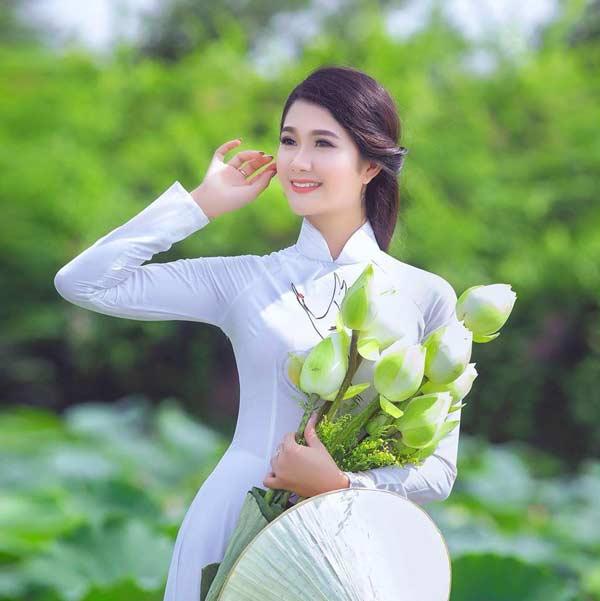 Vẻ đẹp tao nhã của con gái Hà Thành khiến bao thế hệ say đắm - 1
