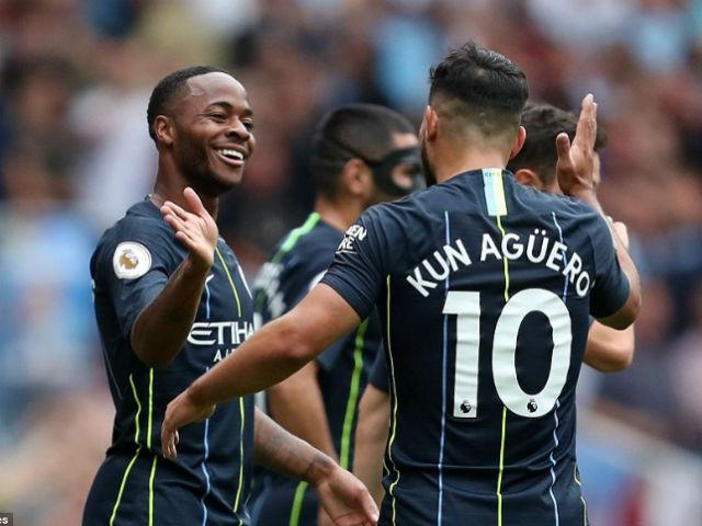 """Góc chiến thuật Arsenal – Man City: Sterling bắt nạt """"Pháo thủ"""" hết đạn"""