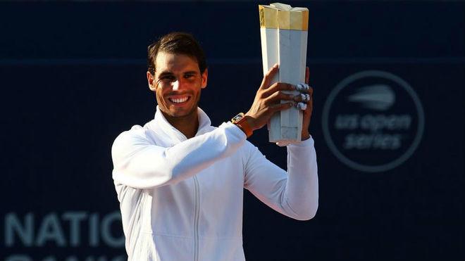 """Lập kỉ lục đáng nể, """"Vua Masters"""" Nadal vẫn hối tiếc lớn ở Rogers Cup - 1"""