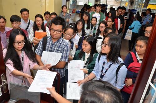 Nhiều trường ĐH tuyển bổ sung hàng trăm chỉ tiêu - 1