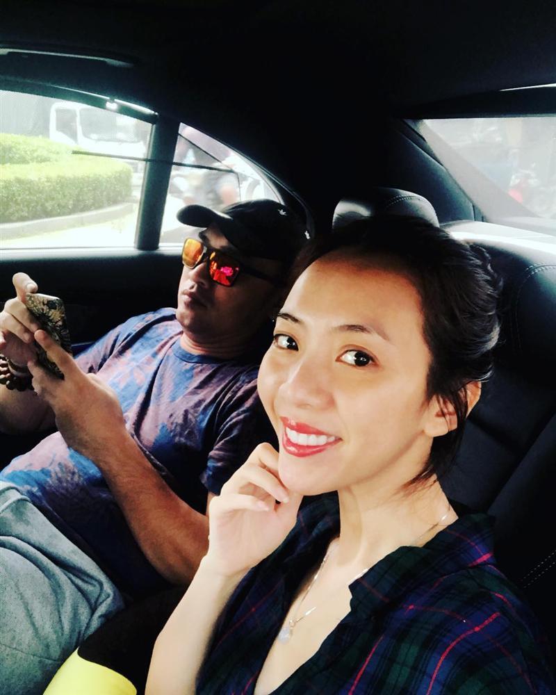 Vợ chồng Thu Trang khoe ảnh tình tứ sau clip quay lén gây ồn ào - 1