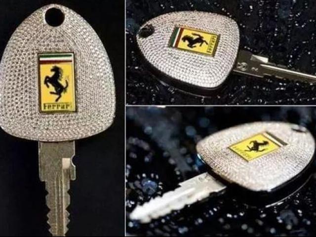 Sốc: Chìa khóa đắt ngang xe hơi, chỉ dành cho người thừa tiền