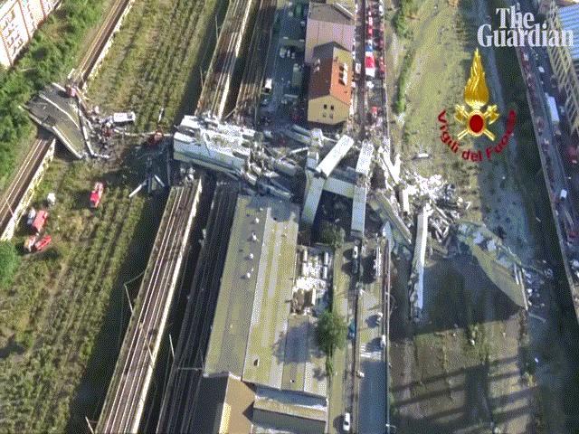 """Video mới quay cảnh sập cầu như """"tận thế"""" khiến 39 người chết ở Ý"""