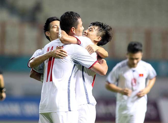 Cặp tiền đạo hoàn hảo U23 VN: Chúng ta có thể thắng Nhật Bản - 1