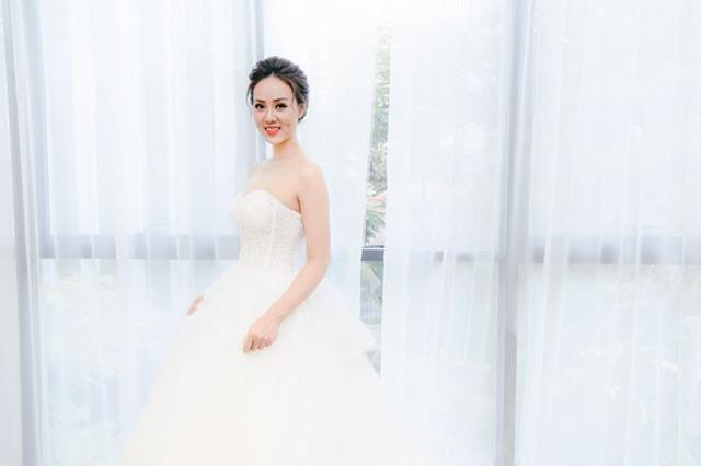 Vợ sắp cưới kém Công Lý 15 tuổi vừa đẹp lại khéo, bao người ngưỡng mộ - 1