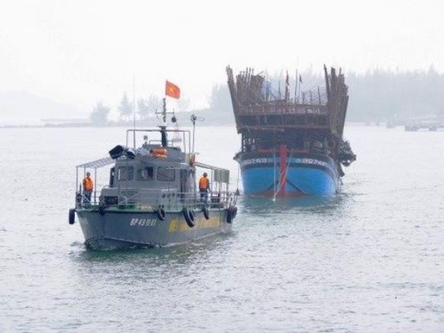 Một tàu cá Bình Thuận mất tích bí ẩn cùng 5 thuyền viên