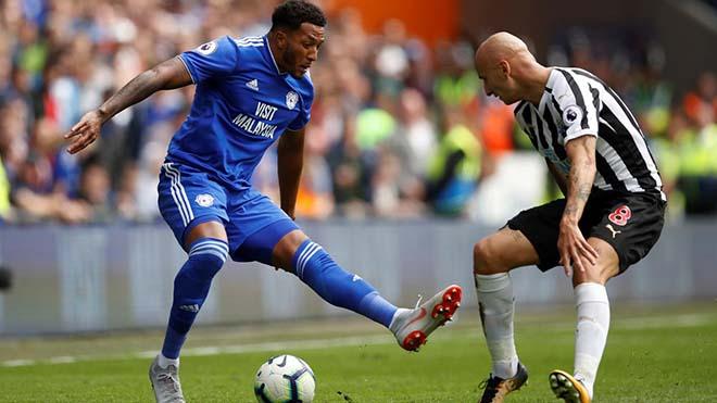 Cardiff City - Newcastle: Thẻ đỏ, penalty & kịch chiến nghẹt thở - 1
