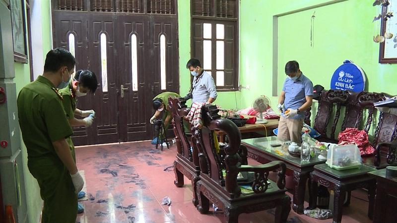Tin mới vụ sát thủ đội mũ lưỡi trai giết 2 vợ chồng ở Hưng Yên - 1