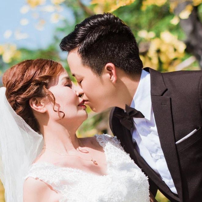 """Cô dâu 62 lấy chú rể 26 tuổi: """"Tôi chuẩn bị là cô dâu xinh đẹp nhất thế giới"""" - 1"""