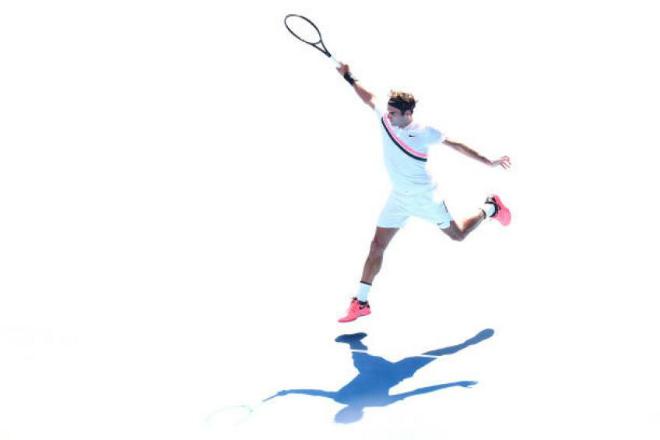 """Tennis 24/7: Federer tiết lộ bí mật đánh trái tay """"hủy diệt"""" đối thủ - 1"""