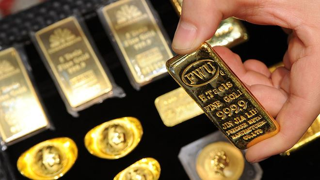 Giá vàng hôm nay 29/8: Vàng quay đầu tụt dốc - 1