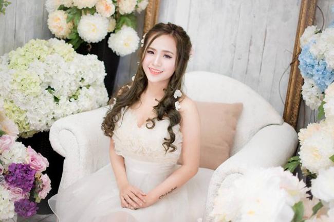 Thời gian đầu khi mới vào showbiz, Wendy Thảo thường xuất hiện với hình ảnh dễ thương và trong sáng.