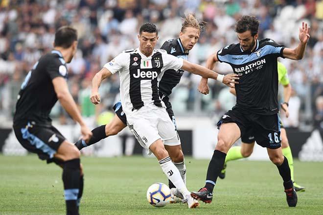 """""""Siêu bom tấn"""" Ronaldo - Juventus: Tịt ngòi Serie A, tham vọng bá vương C1 - 1"""