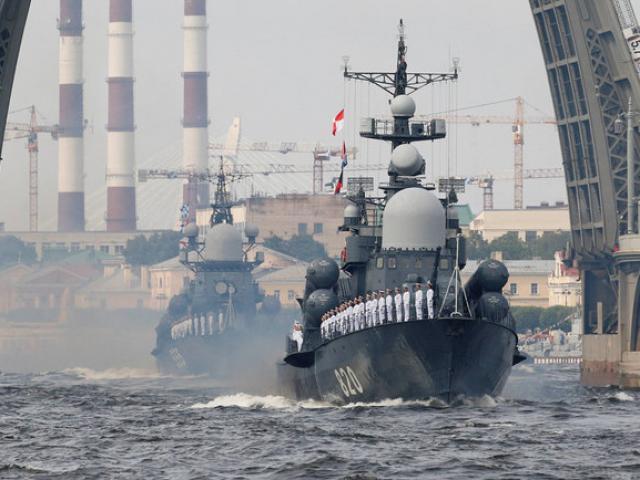 25 tàu chiến Nga tập trận rầm rộ ngay trước mắt Mỹ ở Địa Trung Hải