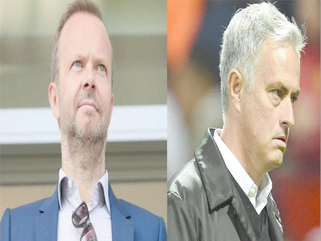 """MU - Mourinho trước """"cửa tử"""": Sếp lớn lại """"khiêu khích"""", căng thẳng leo thang"""