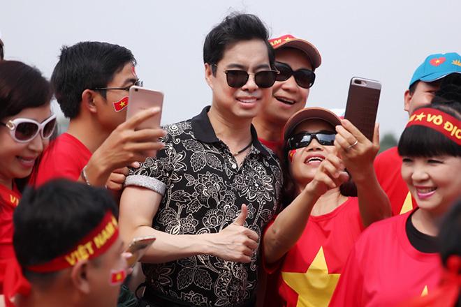 Ngọc Sơn thưởng đội U23 Việt Nam 250 triệu sau trận thua UAE - 2